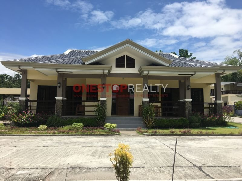 2 br 3 baths house for sale in bacong, negros oriental