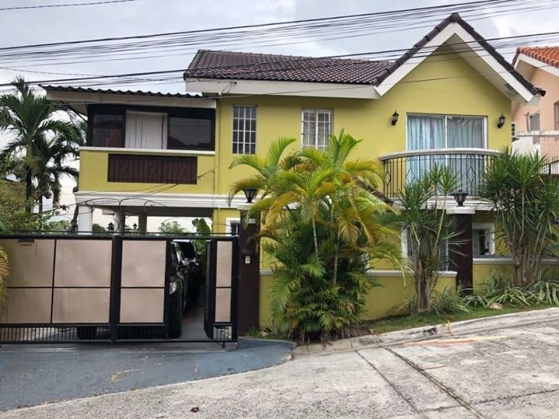 fully furnished 3 bedroom house and lot
