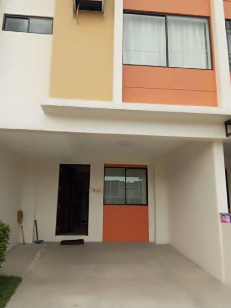 For-sale Marikina 3 Storey House 2 Car Garage Listings And Prices - Waa2