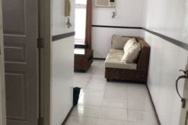 2 bedroom condo for rent in Two Serendra