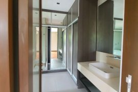 5 Bedroom House for sale in New Alabang Village, Metro Manila