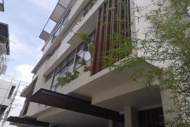 5 Bedroom Townhouse for sale in Greenhills, Metro Manila
