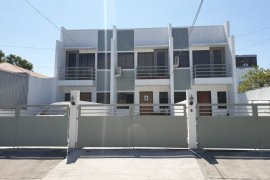 3 Bedroom Townhouse for sale in Pulang Lupa Uno, Metro Manila