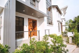 5 Bedroom House for rent in McKinley Hill Village, BGC, Metro Manila