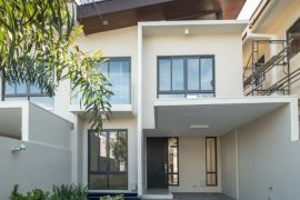 3 bedroom townhouse for sale in B. F. Homes Uno, Parañaque