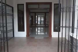 5 Bedroom House for sale in Teheran St. Multinational Village Paranaque City, Metro Manila near LRT-1 Bambang