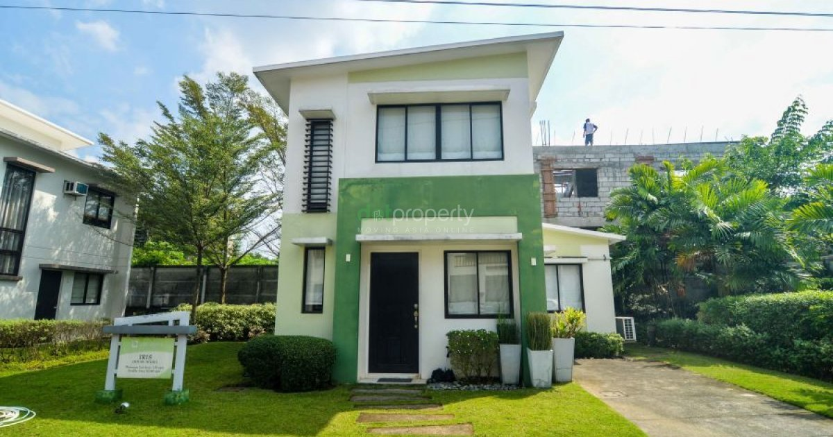 Unfurnished 3 Bedroom For Sale In The Tropics Phase 3 Iris House For Sale In Rizal Dot
