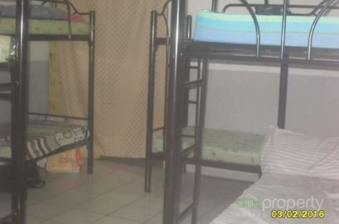 Bedspace room share mckinley hill bgc sti sm aura the fort - 2 bedroom apartment for rent manila ...