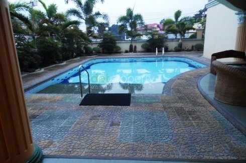 6 Bedroom House With Pool For Rent In Angeles City 120k House