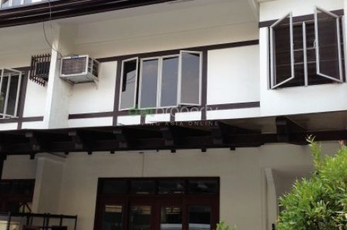 4 Bed Townhouse For Rent In Katipunan Quezon City 50 000 2739618 Dot Property