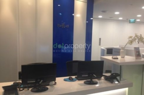 Office for rent near LRT-1 United Nations