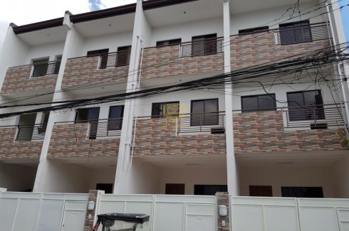 5 Bed Townhouse For Sale In San Antonio Makati 12 500 000 2619580 Dot Property