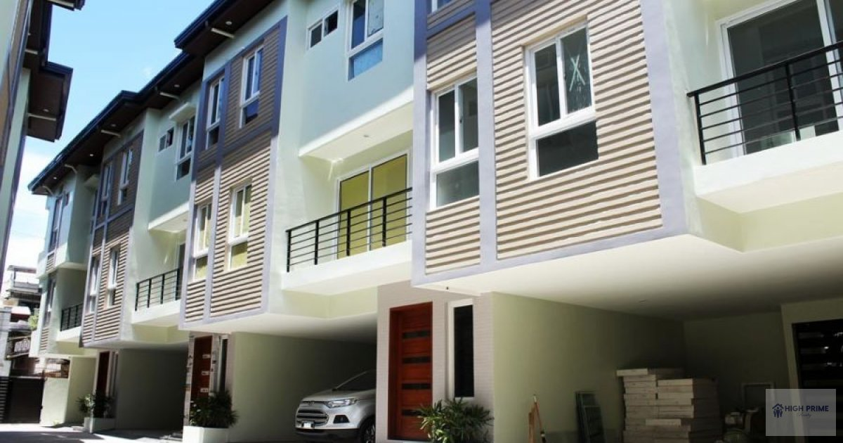 Nice townhouse in don victorino quezon city townhouse for Homes up for auction