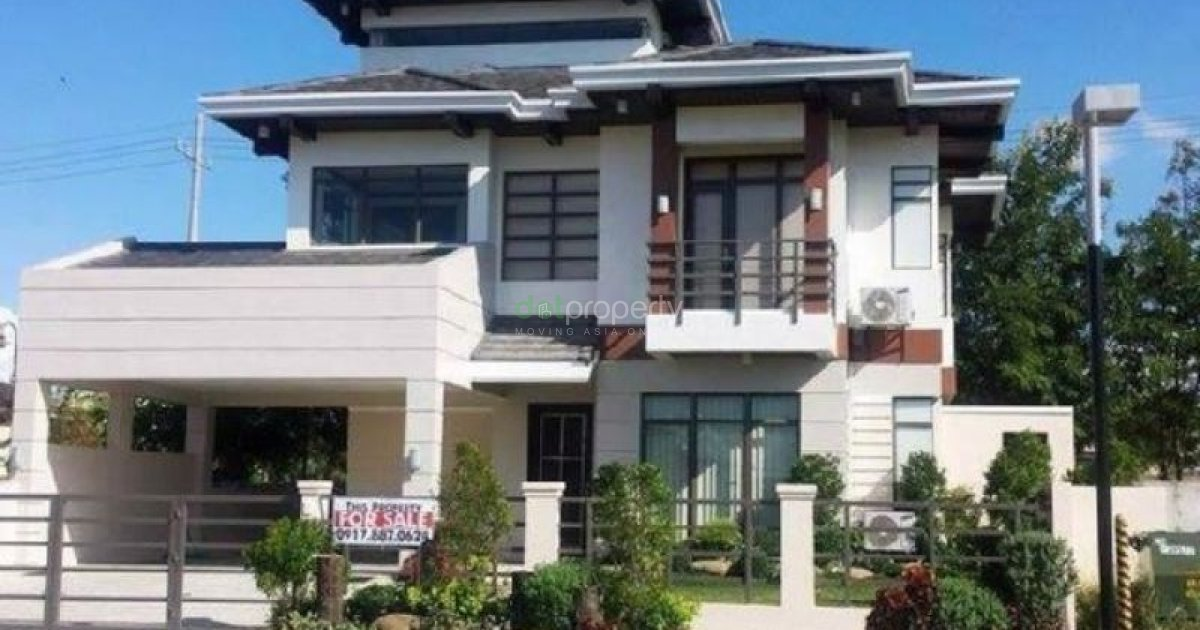 4 Bedroom House for sale in Tokyo Mansions, South Forbes, Silang, Cavite -  Cavite
