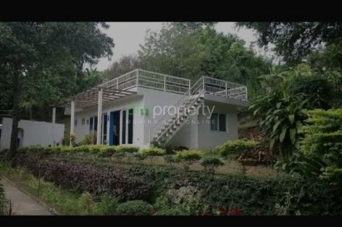 6 Bedroom Commercial for sale in Balitoc, Batangas