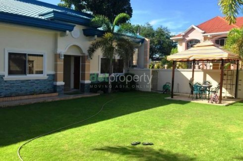 Capacious Bungalow House With Four Bedroom For Rent House For Rent In Pampanga Dot Property