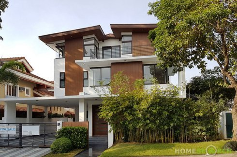 6 Bedroom House for sale in Muntinlupa, Metro Manila