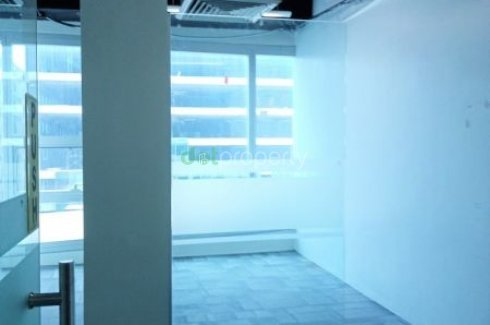 Commercial for rent in Mall of Asia Complex, Metro Manila