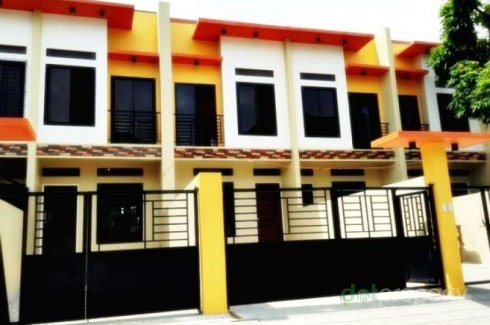 2 Bedroom Townhouse for sale in Pulang Lupa Dos, Metro Manila